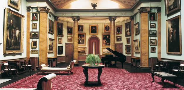Picture-Gallery,-Paxton-House